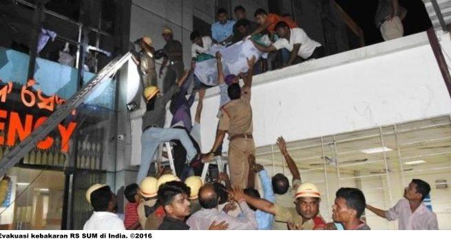 RS Bhubaneswar terbakar