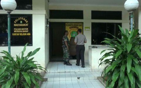 Perusakan Pos Polisi Merdeka Barat oleh TNI